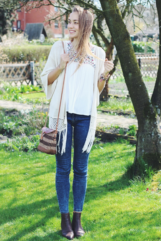 willascherrybomb-boho-top-spring-blogger-outfit-blog-ootd-lookbook