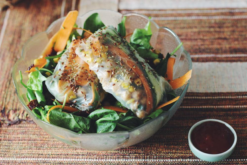 Vegane Summer Rolls mit Salat