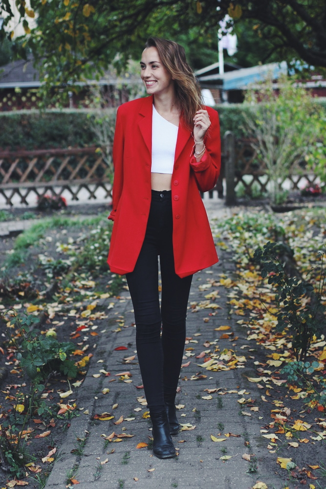 Blogtober Tag 29: How to Style – Roter Blazer kombinieren