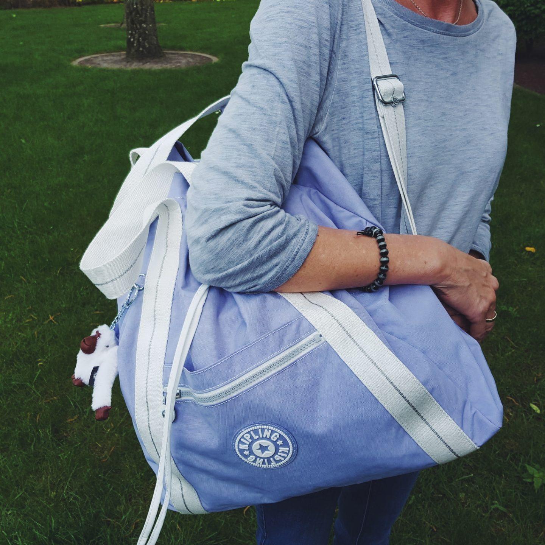 Solo Travel - Was ist in meinem Daypack? - yvonne karnath - willascherrybomb