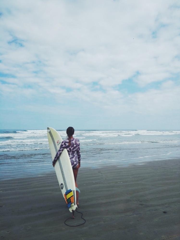 Solo Travel: Die 5 besten Aktivitäten, die du auf Reisen ausprobieren solltest! - willascherrybomb - yvonne karnath